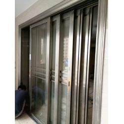 五福监门:五轨五扇三扇玻璃+二扇金钢网